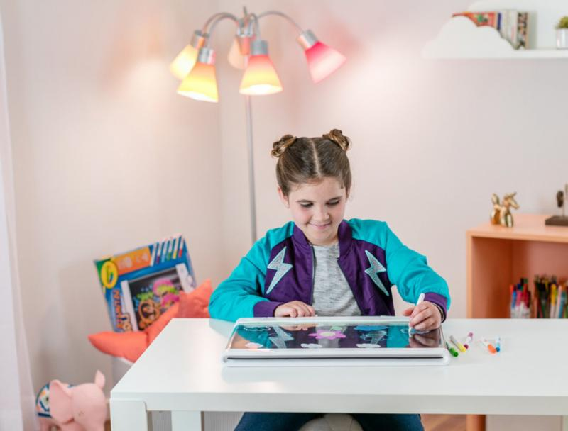 Crayola Ultimate Light Drawing Tablet, Kids, 8,
